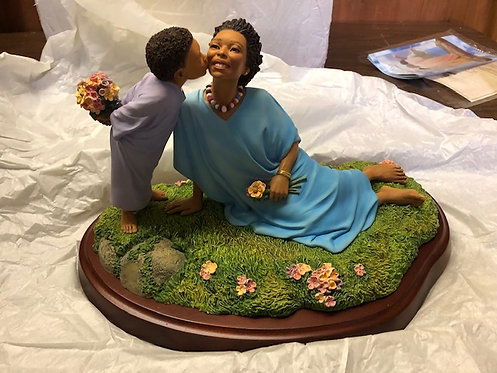 Planting a Kiss Figurine - Thomas Blackshear Collectible