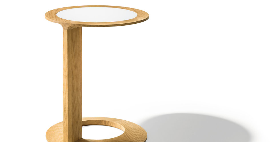 Loupside table by Team 7