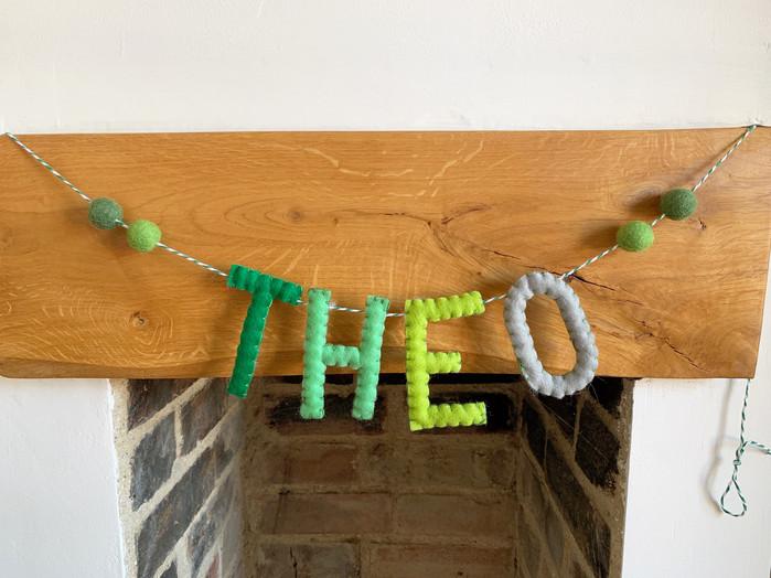 felt-fancies-green-garland-room-decor