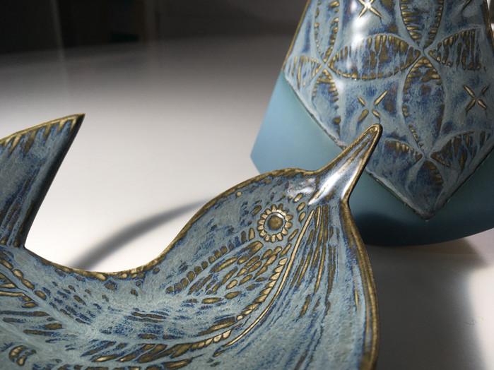 ruth-fairhead-ceramics-wren-and-equilibr