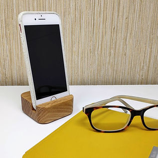 Curved Phone Stand