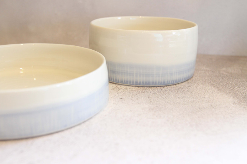 claire-folkes-low-porcelain-bowls-with