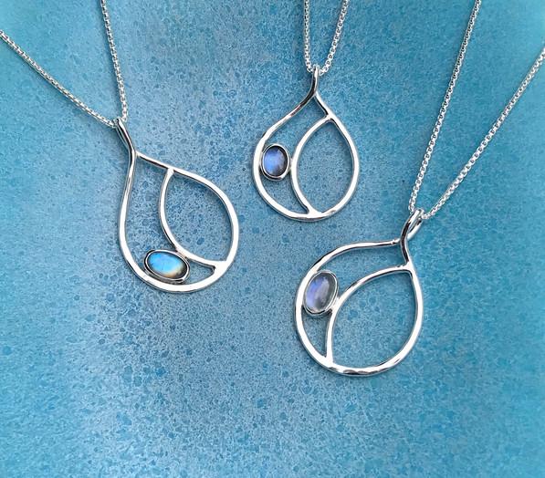 birgitte-bruun-jewellery-moonstone-pendants.jpg