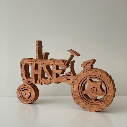garnett-crafts-case-1943-tractor-displ
