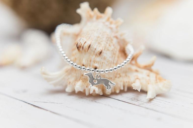 nokodesigns-dachshund-charm-bracelet.jpg