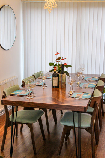 millar-made-bespoke-table-image-by-tom-wheatley.jpg