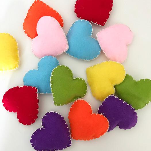 felt-fancies-handmade-felt-hearts-for