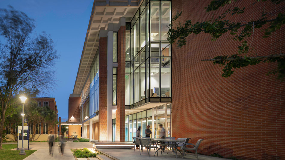 Phoenix College Physical Science Building