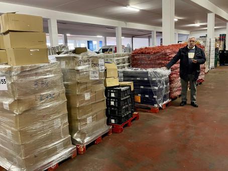 A Asociación Área Empresarial do Tambre recolle 2.000 quilos de víveres para o Banco de Alimentos