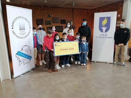El colegio Manuel Peleteiro recaudó casi 15.000 euros para el Banco de Alimentos