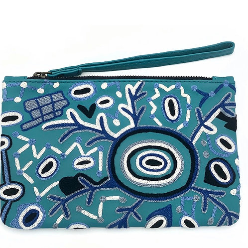 EMBROIDERED LARGE CLUTCH - BLUE