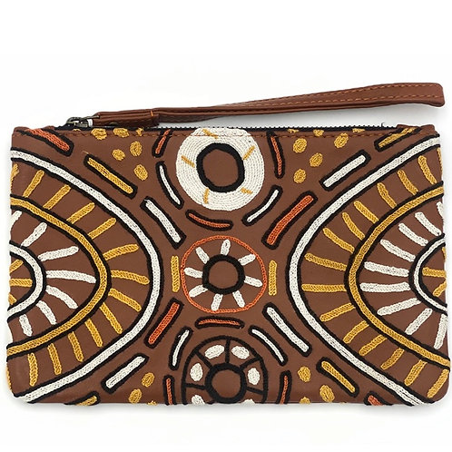 EMBROIDERED LARGE CLUTCH - BROWN