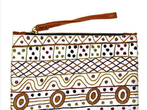 EMBROIDERED LARGE CLUTCH - CREAM