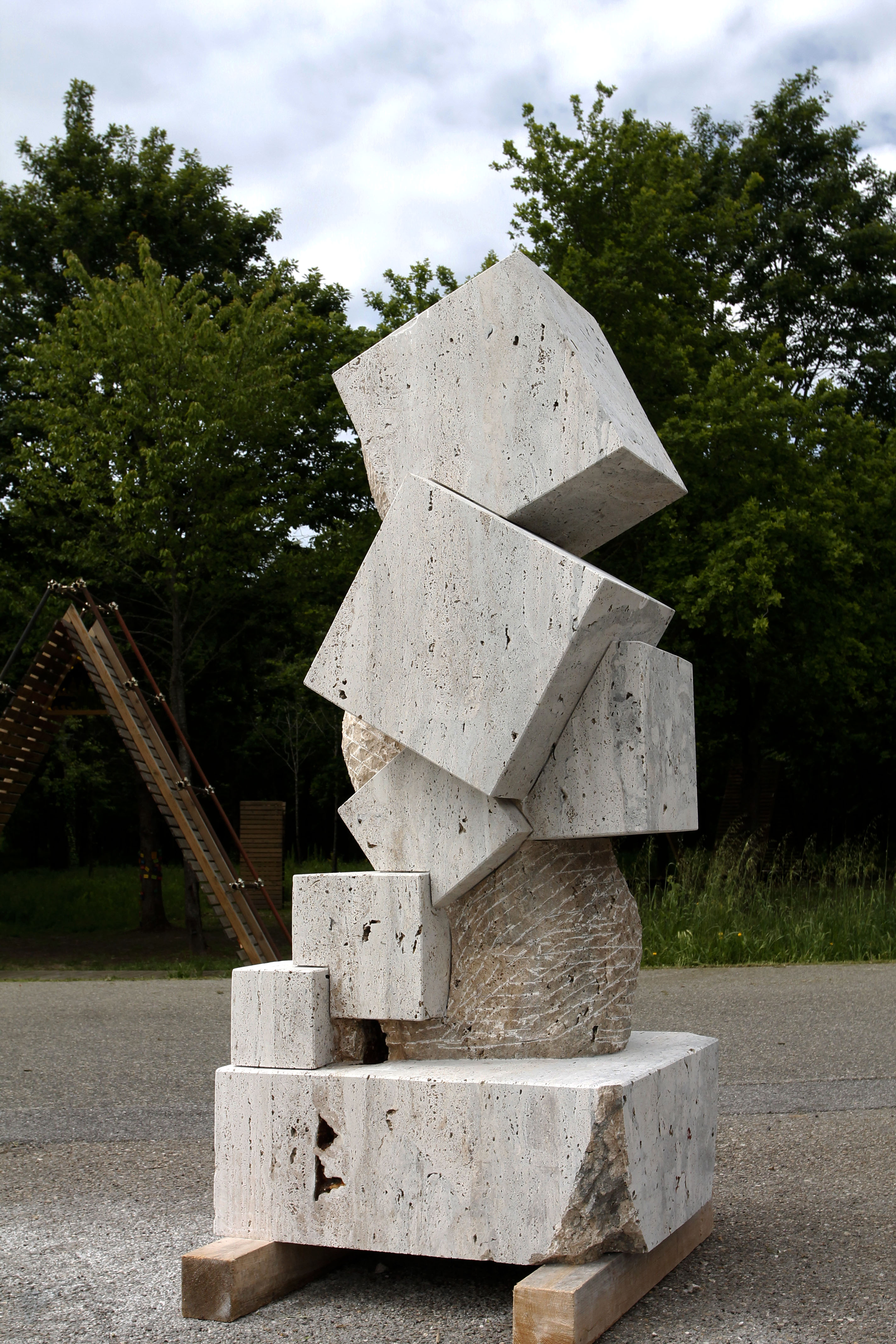 Dancing cubes and volumes