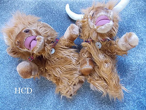 highland cow headcover.jpg