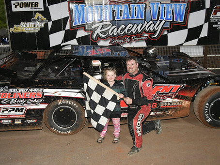 SMITH WINS ON AND OFF THE TRACK IN MOUNTAIN VIEW RACEWAY LATE MODEL RACE