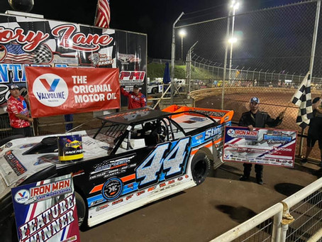 KING CONQUERS IRONMAN SUPER LATE MODELS AT MOUNTAIN VIEW RACEWAY
