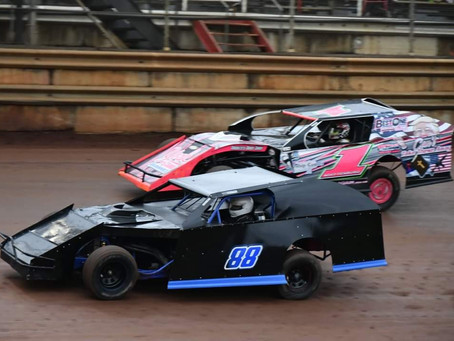 MOUNTAIN VIEW RACEWAY TO HAVE RACING PROGRAM THIS SATURDAY