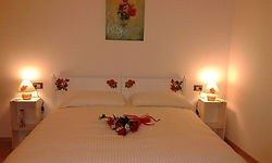 Roses Rooms