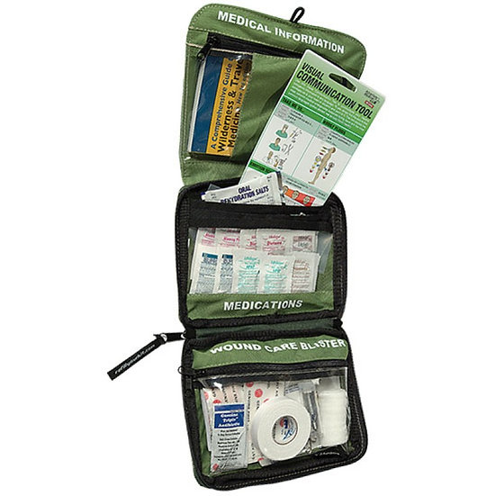 ADVENTURE MEDICAL KITS: SMART TRAVEL KIT