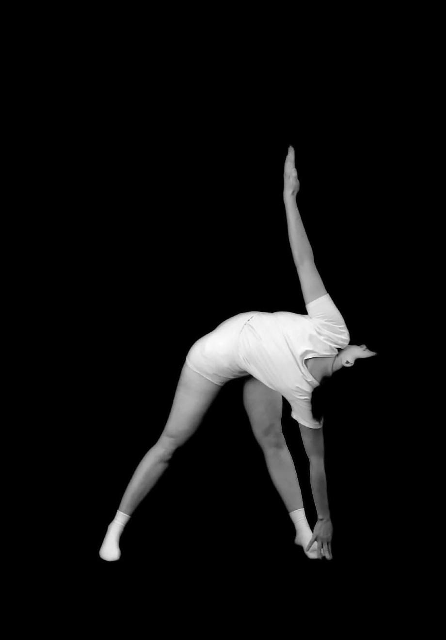 Esercizi Obbligatori, Marilisa Cosello racconta il suo nuovo progetto fotografico / Esercizi Obbliga