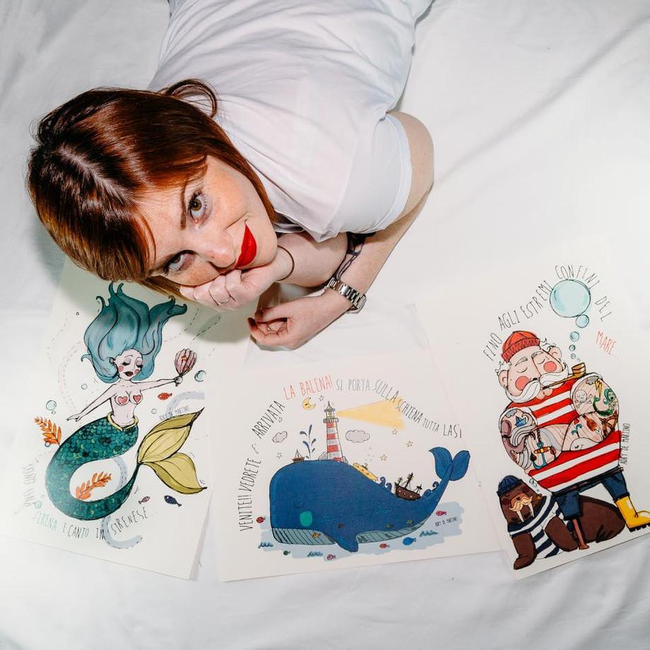Il mondo variopinto di Adry de Martino, l'irriverente illustratrice di Bisceglie / The colorful worl