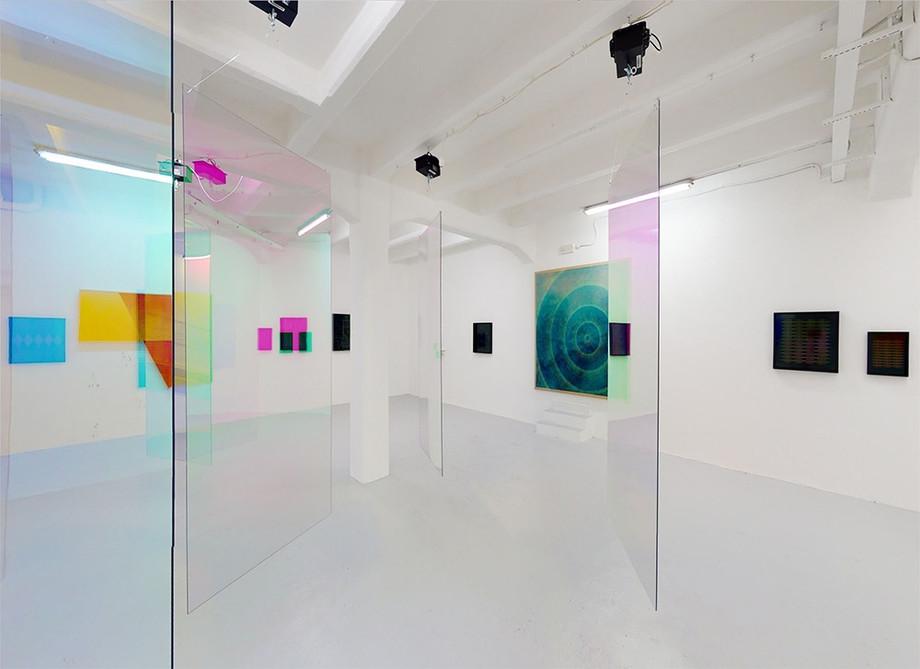 """""""Vita su Tralfamadore"""", la mostra collettiva a The Flat - Massimo Carasi"""