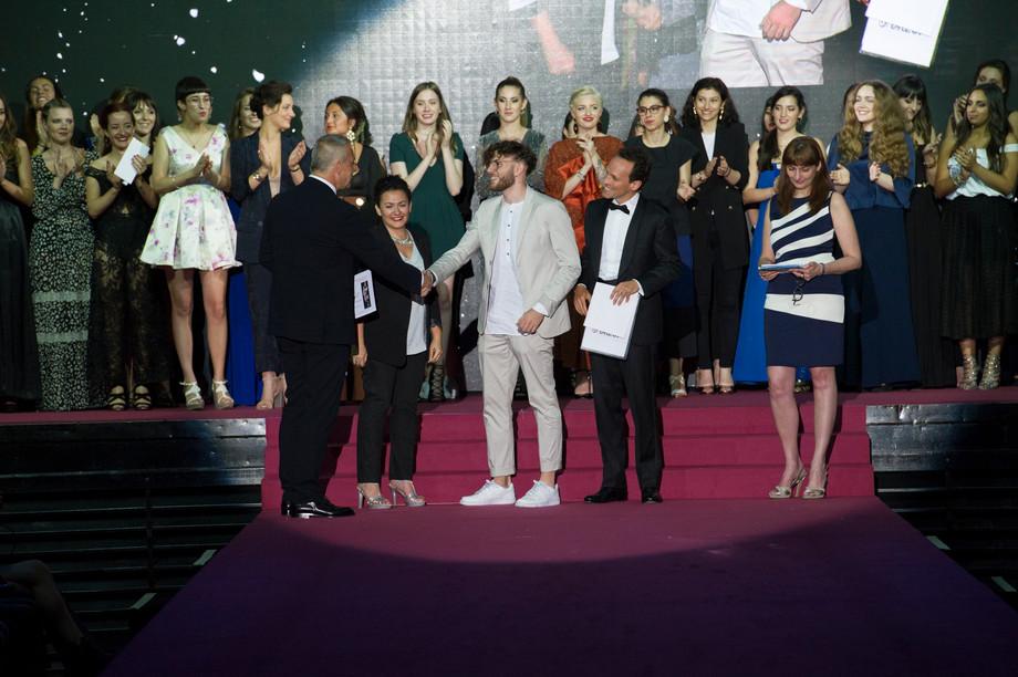 Neodiplomati: una serata al Secoli Fashion Show / Graduates: a night with Secoli Fashion Show