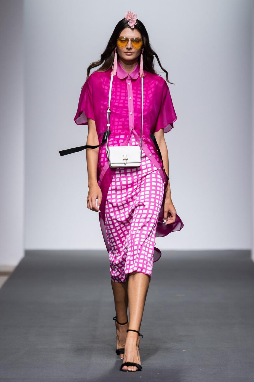 Marianna Cimini primavera-estate 2019: da AltaRoma, la collezione Feeling of colors / Marianna Cimi