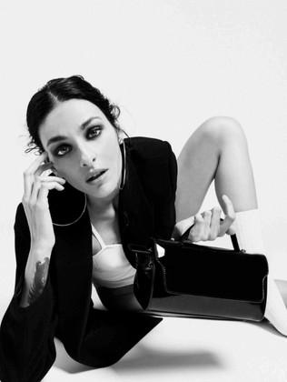 """La """"debuttante"""" Caterina Zulian tra borse maxi e italianità"""