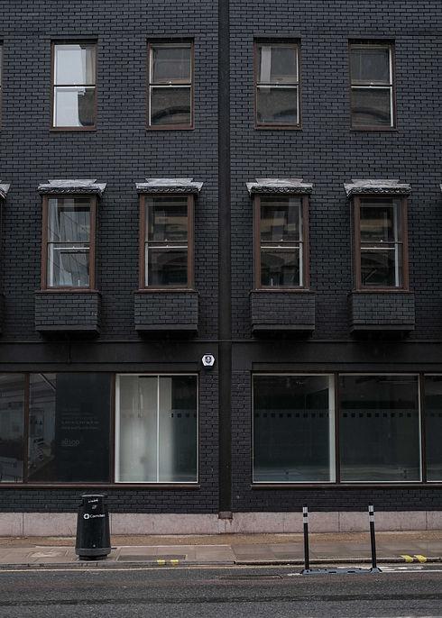 GREYCLAYSTUDIO-LONDON-AUTUMN-WINTER-2021-25.jpg