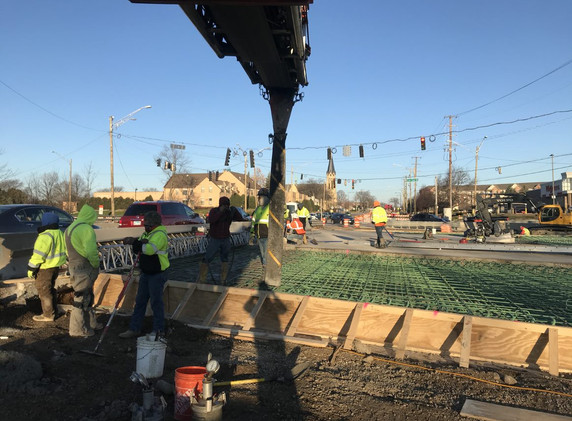 Northbound Buffalo Grove Road approach slab pour
