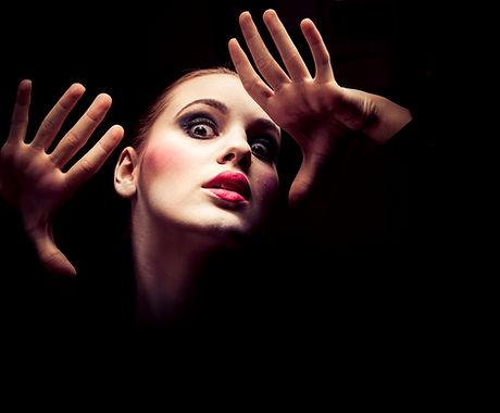dramatische Schauspielerin