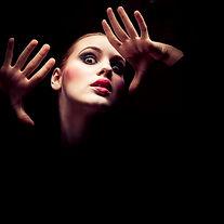 Dramatik Aktris