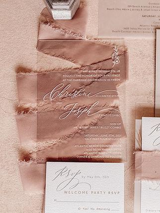 The Prettiest Pixel Luxury Wedding Stationary