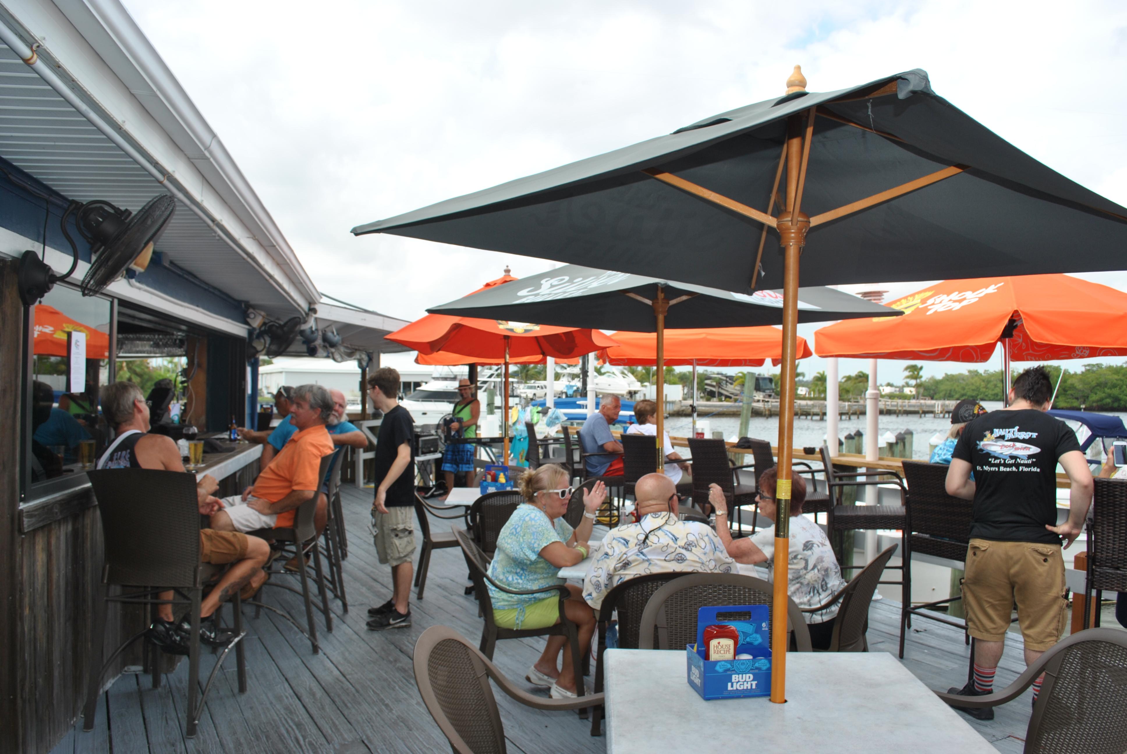 Dock Bar