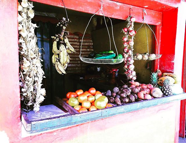 Frutta 🍉 fresca cubana troppo buona ..