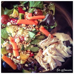 Yay for it finally being #salad weather!_#healthyeating #weightloss #fitspo #fitgfmum #fitness #heal