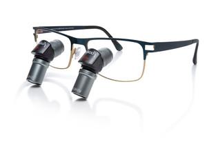 ErgoLine Lupenbrille von Admetec mit Designer Rahmen