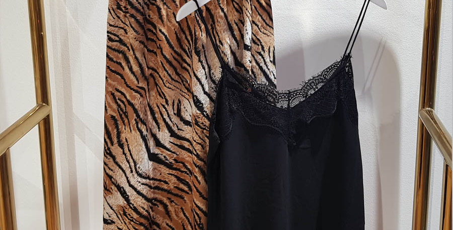 Midi-Rock mit Tiger-Print