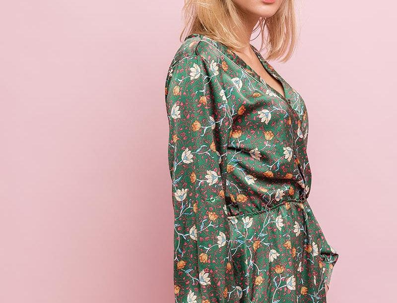 Kleid Satin Blossom