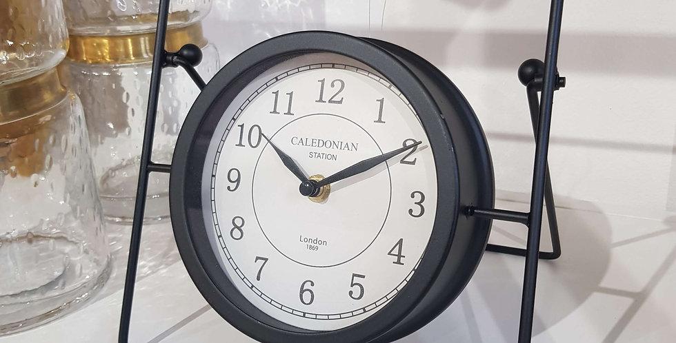 Ausgefallene Uhr