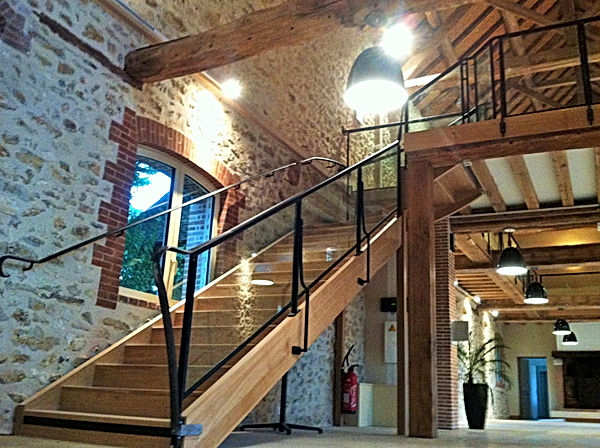 Garde corps et rampe d'escalier en acier et verre