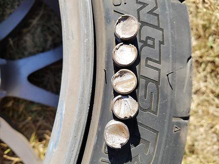 E92M3 Broken studs.jpg