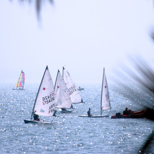 recreational-sport-yachting-on-the-ocean