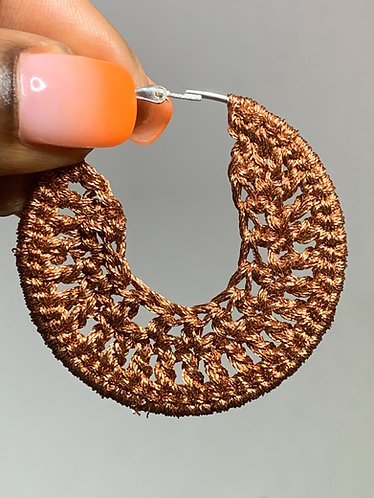 Brown metallic small earrings