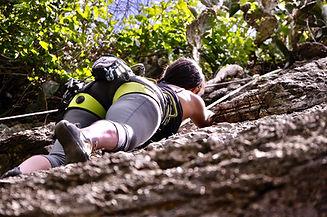 climbing-2101262_1920.jpg