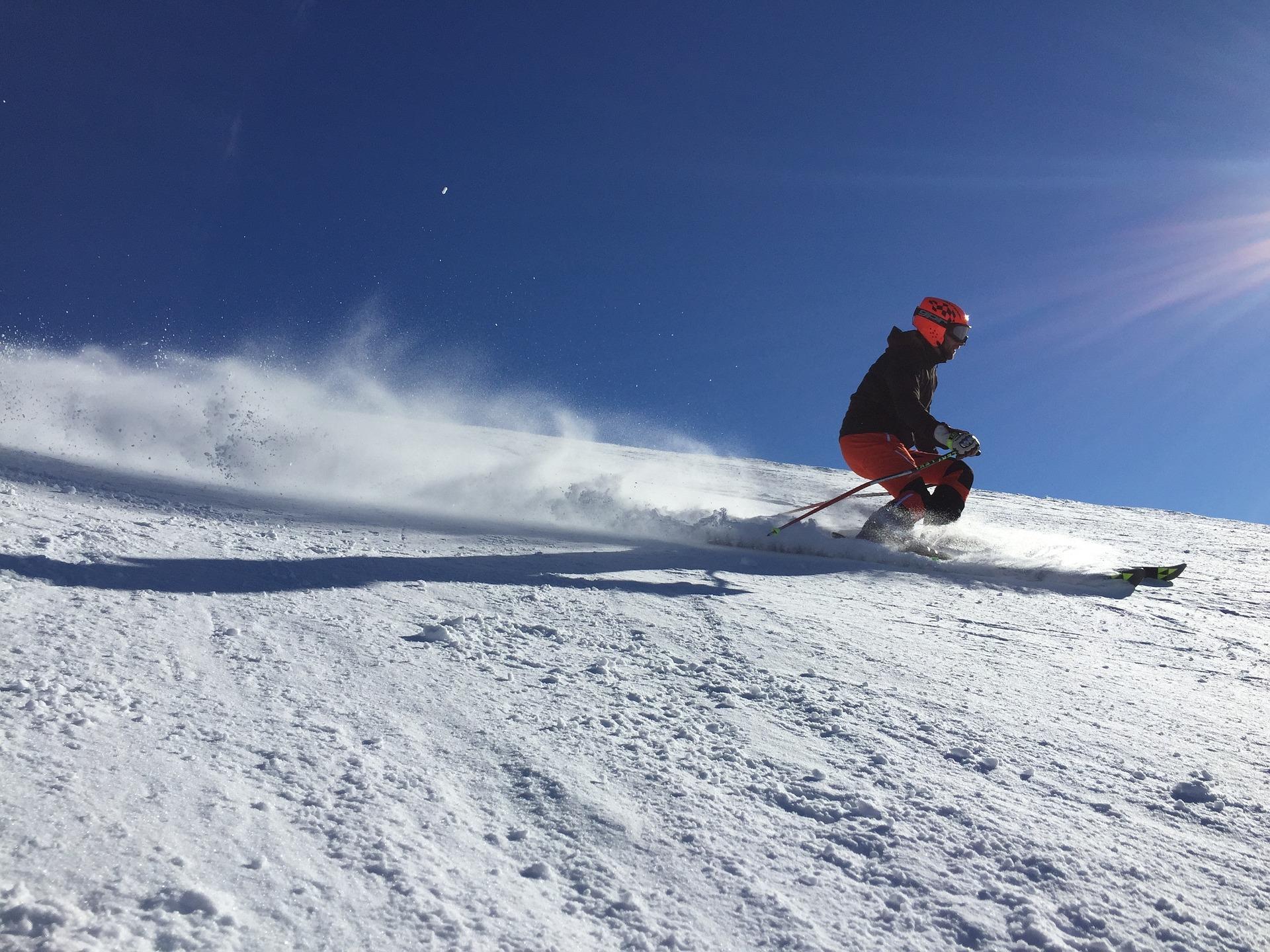 ski-2005028_1920.jpg