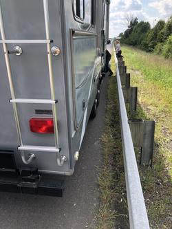 trailer tire change assistance