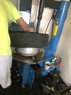 mounting tire on rim